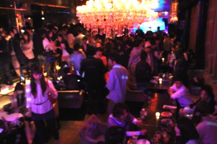 【200名規模】【新宿】誰でも参加しやすい街コン&恋活、友活パーティー★落ち着いた時間が流れる大人のためのダイニング♪『 新宿TOURI』開催
