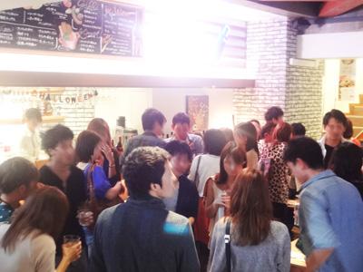 誰でも参加しやすい街コン&恋活、友活パーティー★女子会や記念日・デートなどで大人気☆開放感溢れるDiningがお出迎え♪『VALI'S 名古屋駅店』 開催
